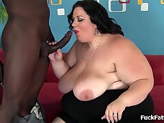 meaty plumper Takes On gigantic Black Cock