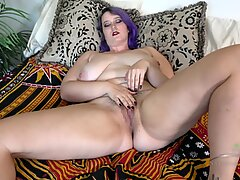 Curvy Bitch In Solo Action - Nyx Night