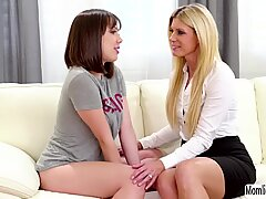 India Summer and Jenna Sativa use strapon to reach orgasm