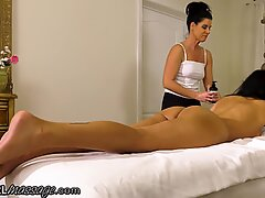 She Fingers Her Hard During A Squirting Massage